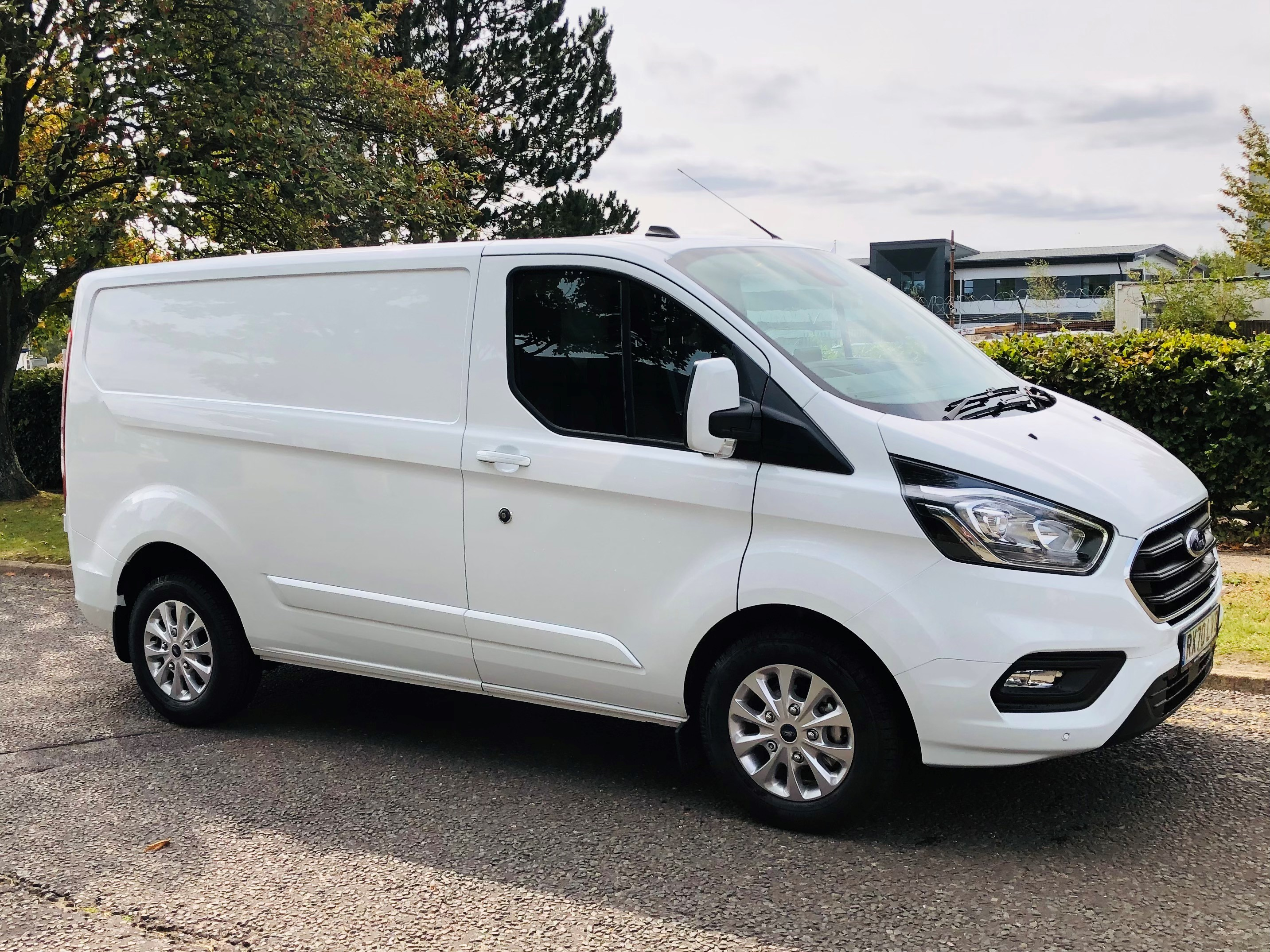 vehicle sales smarthire vehicle rental newbury. Black Bedroom Furniture Sets. Home Design Ideas